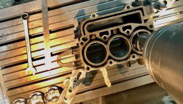 Восстановление блока цилиндров лодочного двигателя Suzuki